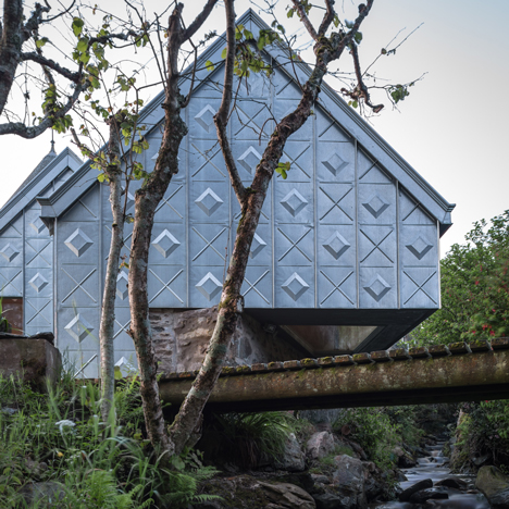 Studio Weave builds zinc-armoured art studio above a brook on Scotland's west coast
