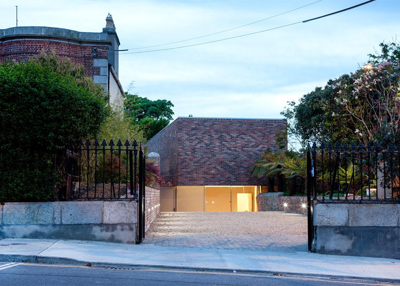 No 1 Alma Road by ODOS Architects