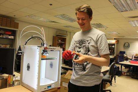Open Bionics 3D-printed bionic hand