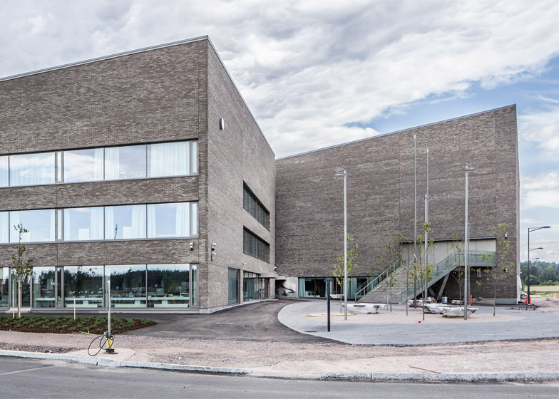 Opinmäki School by Arkkitehtitoimisto Esa Ruskeepää Oy