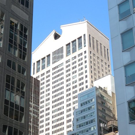 Postmodern buildings: AT&T Building, New York by Johnson/Burgee
