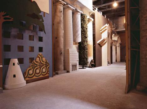 Strada-Novissima-Venice-Biennale_dezeen_468_a
