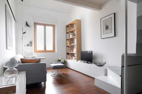 Tiny-Milan-Apartment-by-R-piuerre_dezeen_468_0