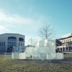 Students turn lightweight smartphone glass into structural installations