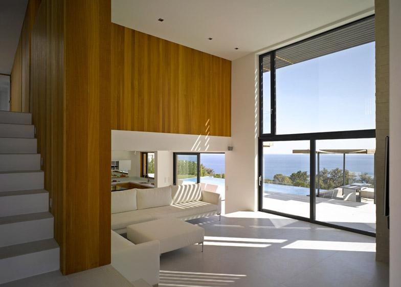 Villa Brash by Jak Studio