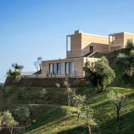 David Chipperfield references historic lemon houses with hillside villas on Lake Garda
