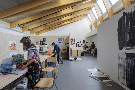 Wimbledon College of Arts studios by Penoyre &amp Prasad