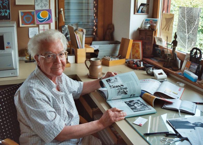 Adrian Frutiger, type designer and creator of London's street-sign font, dies aged 87