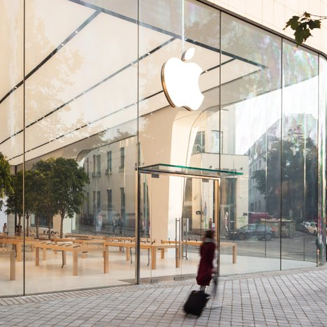 First Apple Store under Jonathan Ive unveiled in Brussels