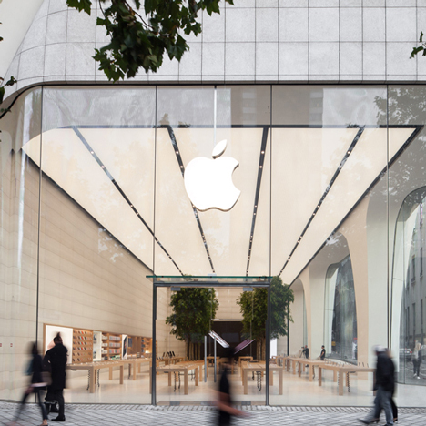 Apple-Store-Brussels_dezeen_ss