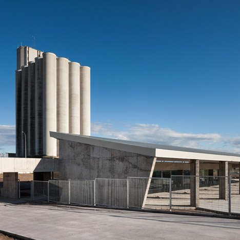 Caceres-bus-station-by-Isabel-Amores-and-Modesto-Garcia-SQ_dezeen_468c_0