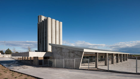 Cáceres bus station by Isabel Amores and Modesto García