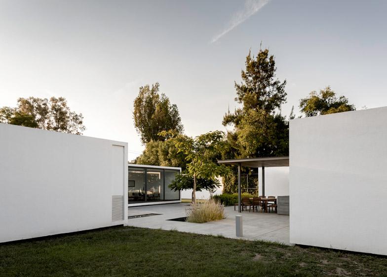 Casa 4 1 4 by ASD