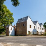Ash Sakula Architects designs three mews houses for a rural eco development