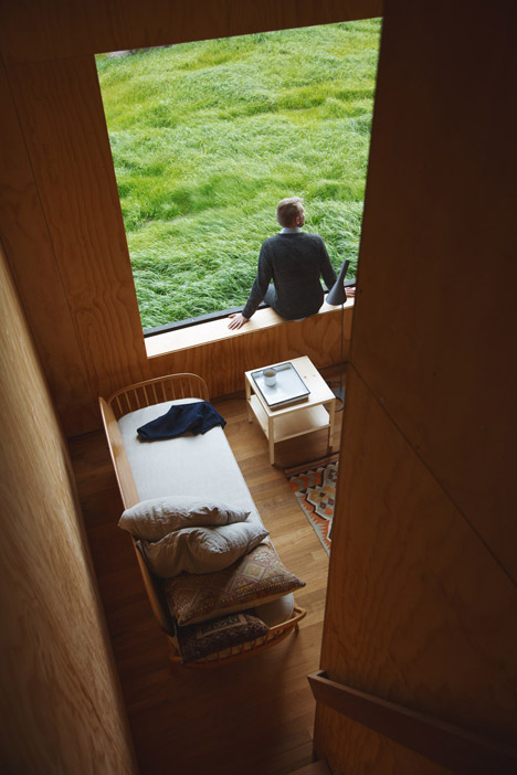 Eyrie-by-Cheshire-Architects_dezeen_468_6