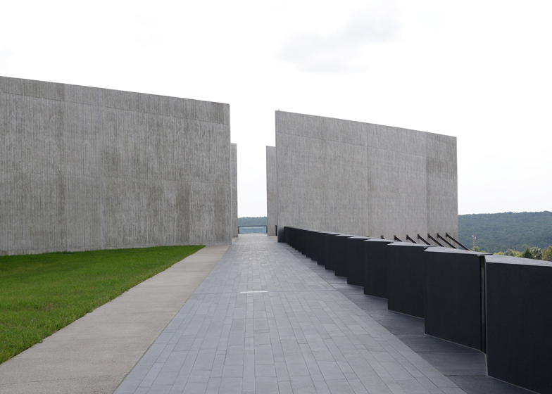 Flight 93 Memorial Shanksville by Paul Murdoch Architects and Nelson Byrd Woltz Landcape Architects 9 11