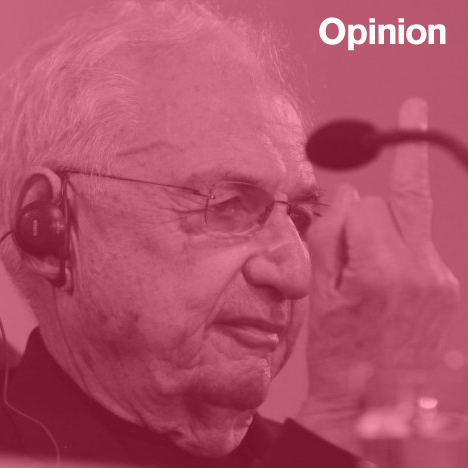 Frank Gehry sticking up his middle finger