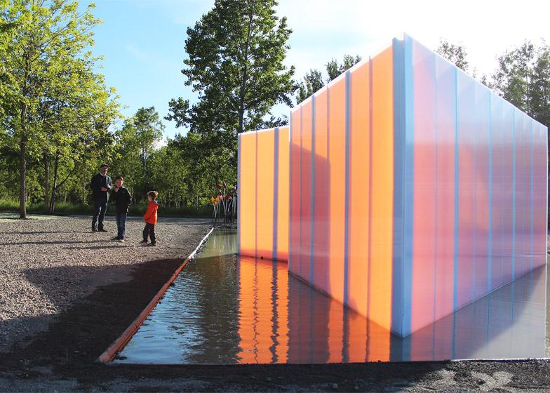 Get Wet installation by Groupe A / Annexe U