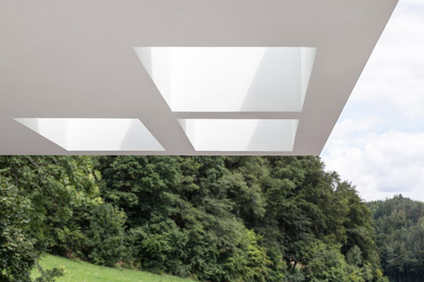 Grocery-Store_Messner-Architects_dezeen_468_8