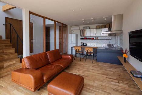 House-in-Ikoma-by-Arbol-Design-Studio_dezeen_468_7