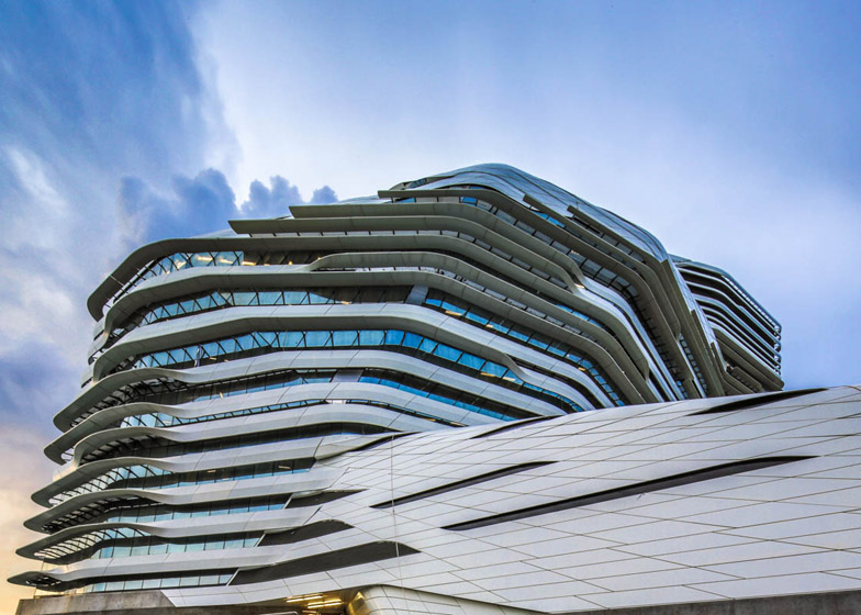 Jockey Club Innovation Tower, Hong Kong. Photograph by Edmon Leong
