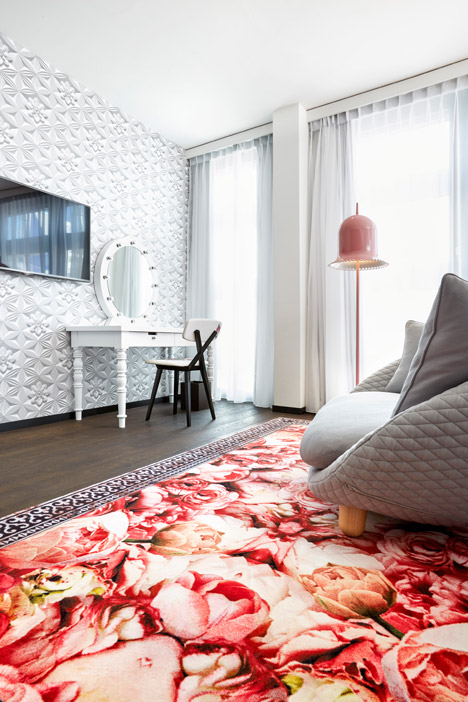 Kameha-Grand-Zurich-hotel_Marcel-Wanders_two_dezeen_468_5