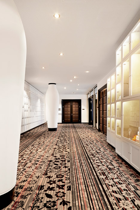 Kameha-Grand-Zurich-hotel_Marcel-Wanders_two_dezeen_468_6