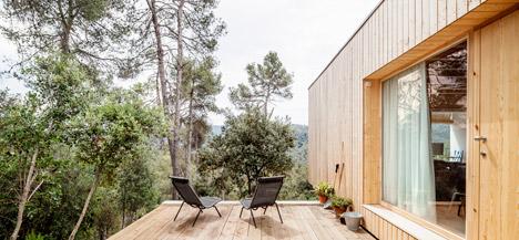 Casa LLP by Alventosa Morell Arquitectes