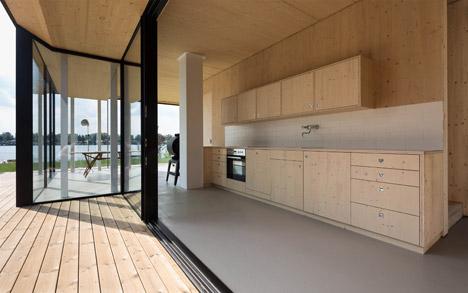 Lakehouse-in-Austria_Maximilian-Eisenkock-Architecture_dezeen_468_10