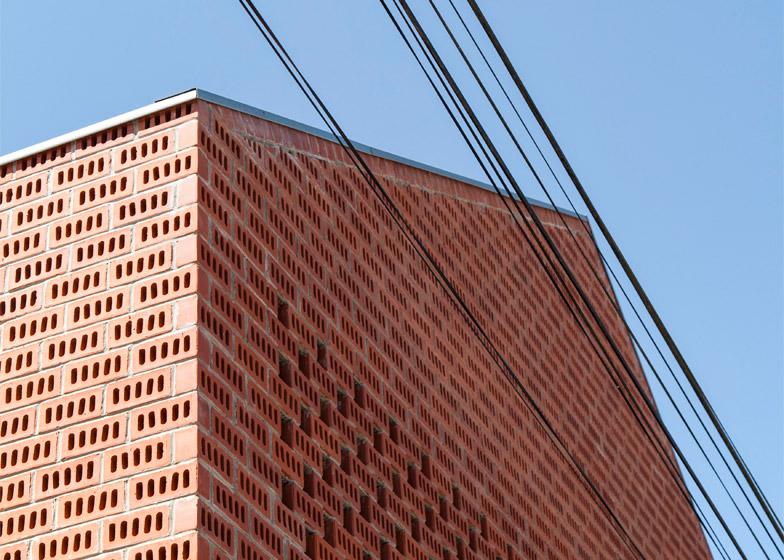 Maison B by Yoda Architecture