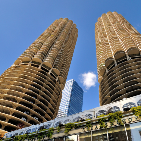Marina City Towers_Bertrand Goldberg_shutterstock_dezeen_sqb