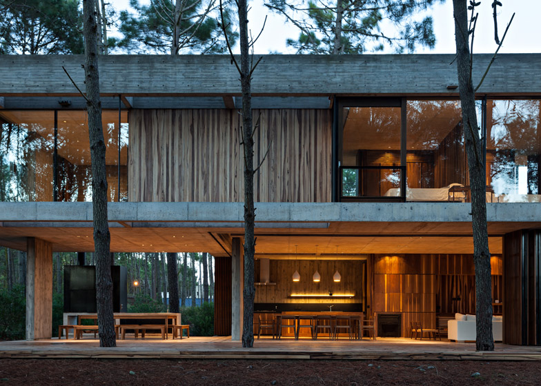 Marino House by ATV Arquitectos