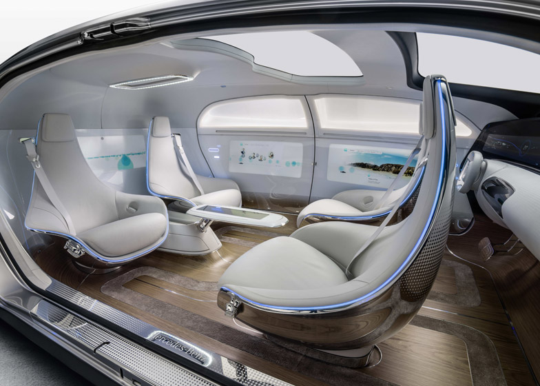 Mercedes-Benz F-015 Luxury driverless car acts as a living room