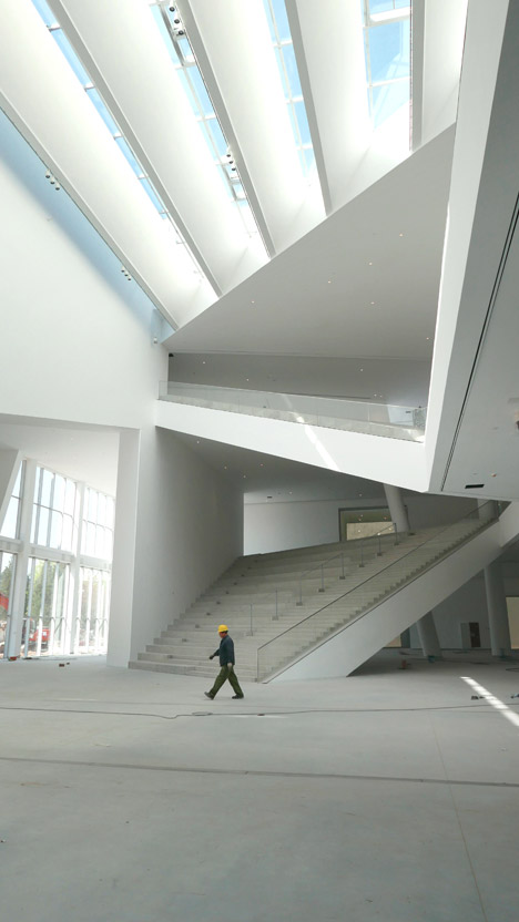 Minsheng-Contemporary-Art-Museum-by-Studio-Pei-Zhu_dezeen_468_2