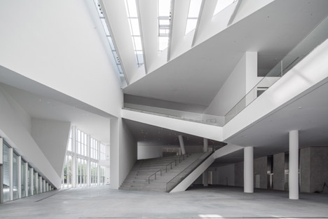 Minsheng-Contemporary-Art-Museum-by-Studio-Pei-Zhu_dezeen_468_3