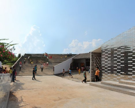 Mulan primary school by Rural Urban Framework