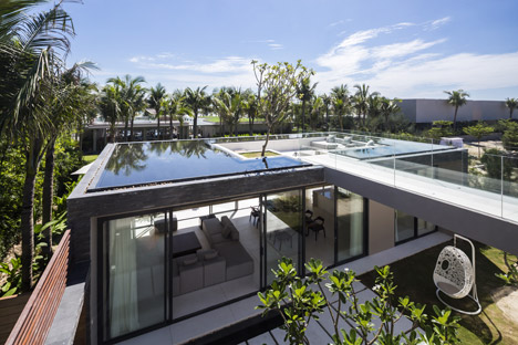 Mia design studio 39 s vietnamese villas have rooftop pools for House with pool on roof