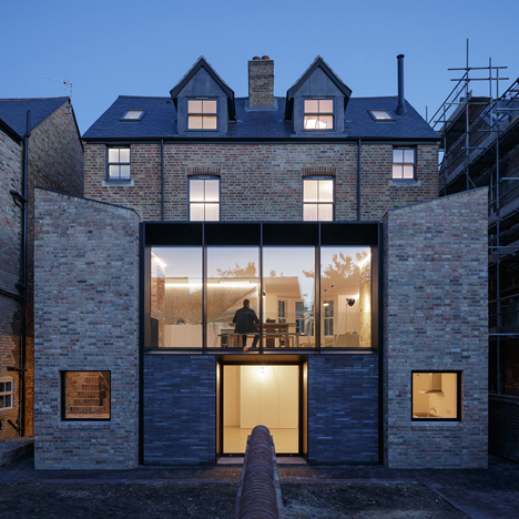 Delvendahl Martin Architects knocks through a pair of Victorian properties in Oxford