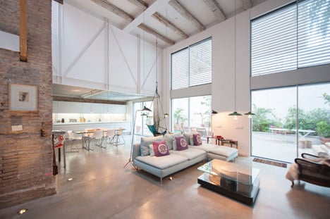 Single House Building by Lluis Corbella Architecture and Design