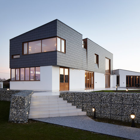 Split house by Alma-nac