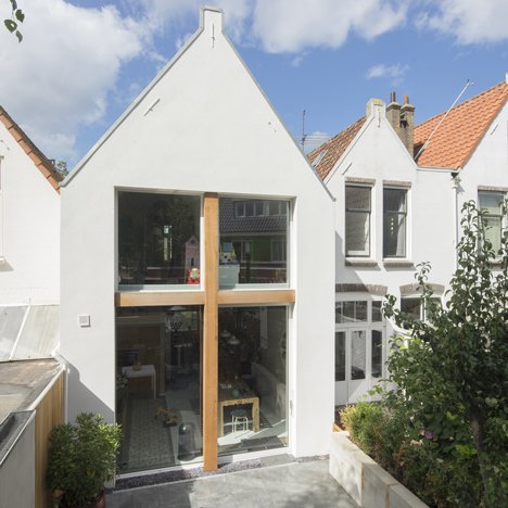 Ruud Visser Architects extends old Dutch townhouse by two metres