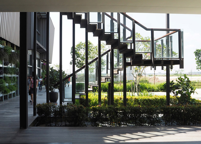 The Arc at Bandar Rimbayu by Garis Architects
