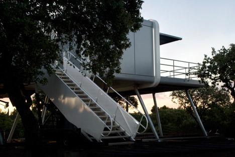 The-Spaceship-Home-by-NOEM_dezeen_468_33