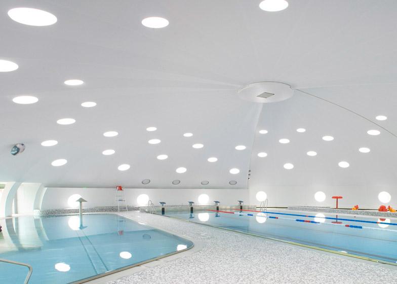 Tournesol Swimming Pool by Urbane Kultur