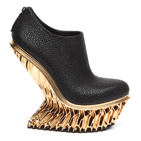 45e1db04db61 Francis Bitonti 3D-prints gold-plated shoes for United Nude
