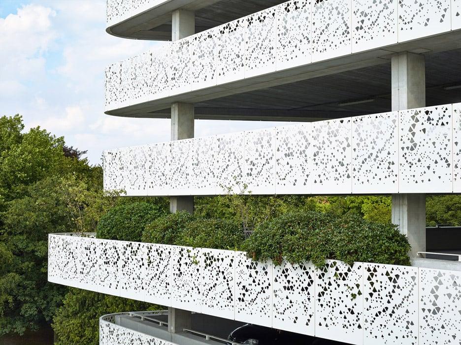 AZ Sint-Lucas hospital car park by Abscis Architecten