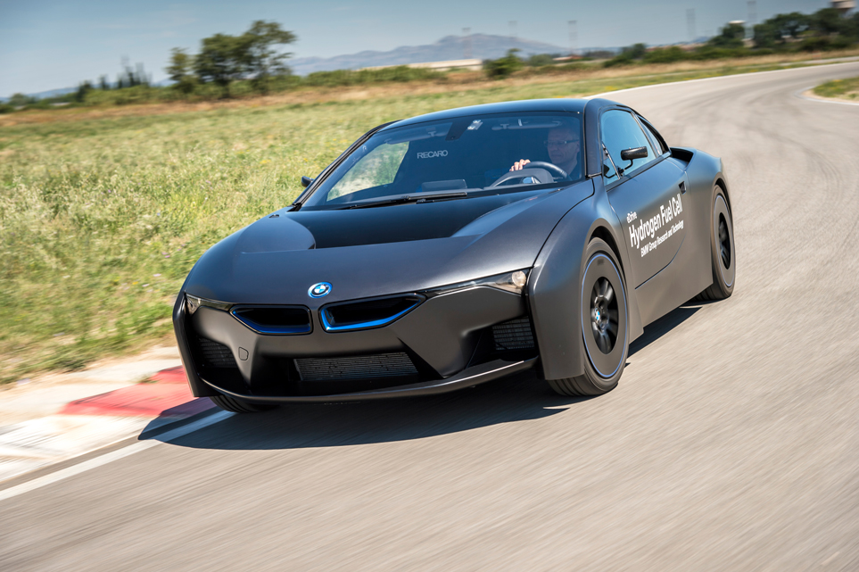 BMW-i8-hydrogen-fuel-cell-technology-test-transport-design-technology-dezeen