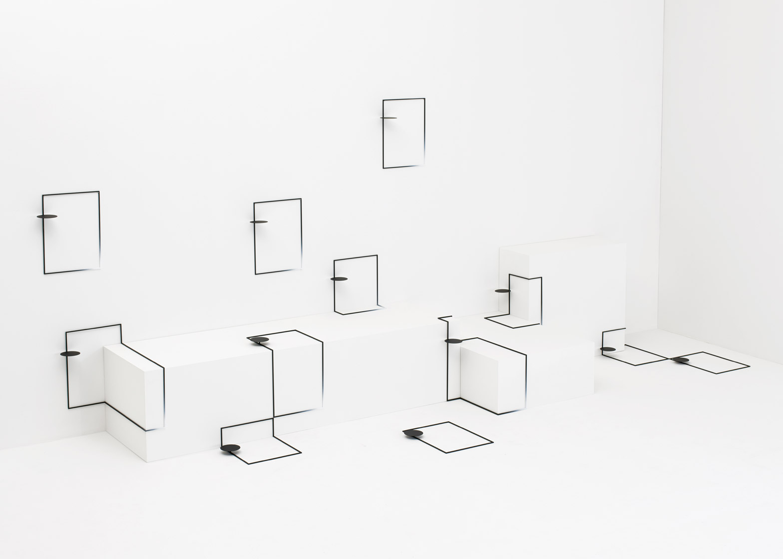 Border table for Eye of Gyre by Nendo