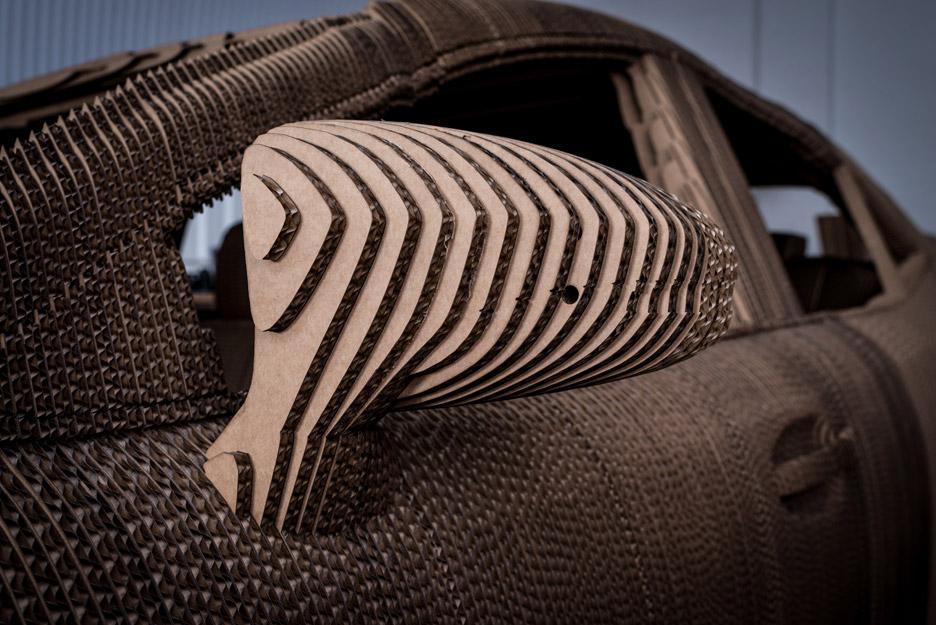 Cardboard-Origami-Car_Lexus_dezeen_936_6