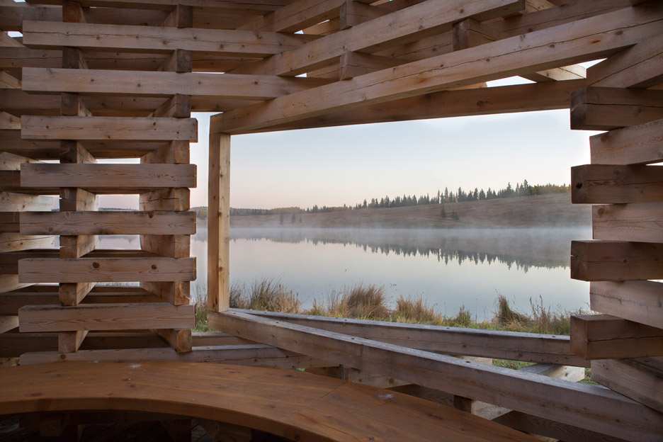 Carraig Ridge Fireplace in Alberta, Canada, by Young Projects